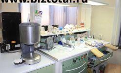 Зуботехническая лаборатория со своей стоматологией