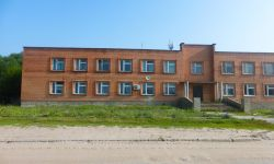 Здание гостиницы в 3 часах от москвы под пансионат