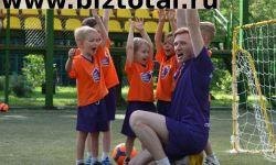 Чемпионика - ведущая сеть футбольных центров для детей от 3 до 7 лет