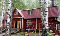 База отдыха, гостевой дом на берегу большого озера