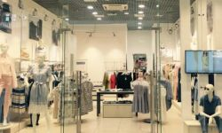 Мультибрендовый магазин женской одежды и аксессуаров