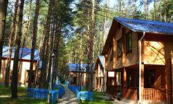 База отдыха расположена по первой лини Горьковского водохранилища