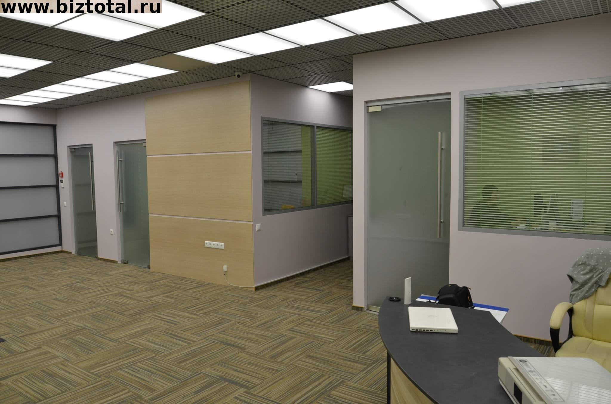 Офисное помещение с качественной дизайнерской отделкой