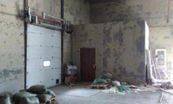 Складское помещение и здание административно-хозяйственного блока