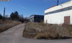 Производственная база с жд веткой и строениями