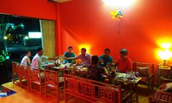 Продается работающее кафе/караоке/бар в городе Вунг Тау Вьетнам.