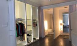 Магазин одежды категории люкс