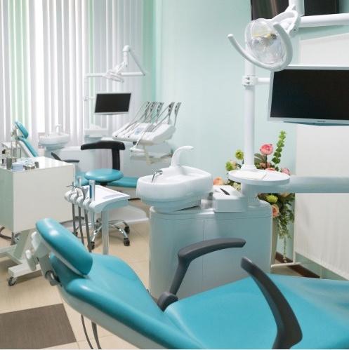 Стоматология на 2 кресла +хирургия, 5 мин от метро