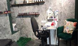 Рабочее место мастерам маникюра и педикюра