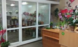 Магазин цветов с хорошим пешеходным трафиком