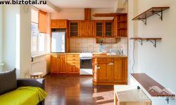Трехкомнатная квартира, кухня-студия / гостиная и две спальни