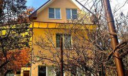 К продаже предложен дом площадью 170кв.м, расположенный на земельном участке 7сот. Новый ремонт, мебель, техника. Дом полностью готов к проживанию. Коммуникации подведены. Тихое, экологически чистое место в окружении национального парка.