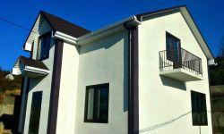 Продается новый 2-ух этажный дом площадью 160 кв м. Расположен на земельном участке 6сот. Участок зонирован: придомовая территория ( зона барбекю, зона отдыха) и площадь под сад. Коммуникации центральные.