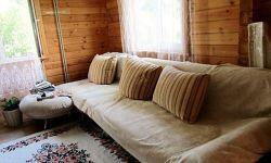 Продаю дом из клееного бруса в Молдовке (Адлерский район)  Участок земли 12 соток по свидетельству, плюс ещё 8 соток можно оформить, назначение ИЖС. Отдельный заезд с дороги, территория огорожена.  Дом имеет два этажа, 3 спальни, сан.узел и кухню-гостиную