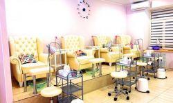 Салон красоты с новым оборудованием и мебелью