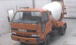 Автобетоносмеситель Isuzu Forward кузов NRR32C