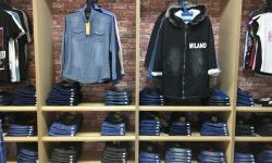 Магазин с большим ассортиментом женской и мужской одежды