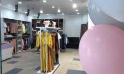 Действующий шоурум-магазин женской молодежной одежды