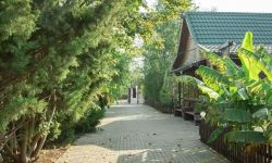База отдыха в Краснодаре, 32,2га,водоём,недвижимость 1197кв.м.