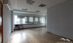 СДАЕТСЯ: 45.6 кв.м. офисные помещение, Ганибу дамбис 36, Саркандаугава, Рига, Латвия.