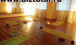 Студия йоги оборудованная всем необходимым
