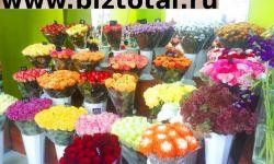 Магазин цветов со свежим дизайнерским ремонтом