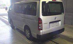 Грузопассажирский микроавтобус Toyota Hiace Van кузов GDH201V 9 мест 1,15 тн г 2018