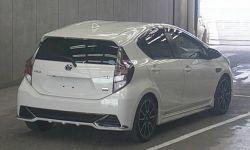 Хэтчбек гибрид Toyota Aqua кузов NHP10 рестайлинг модификация G GS гв 2016