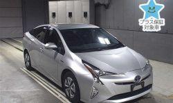 Лифтбек гибрид Toyota Prius кузов ZVW51 модификация A Toyota Safety Sense гв 2017