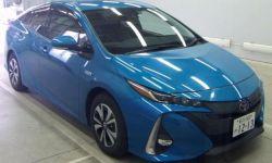 Лифтбек гибрид Toyota Prius PHV кузов ZVW52 модификация A Leather - Package гв 2017
